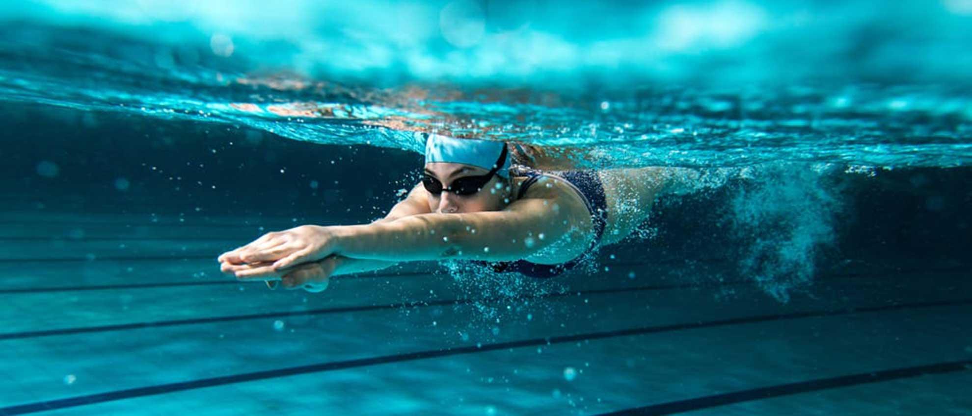 Banner nuoto libero